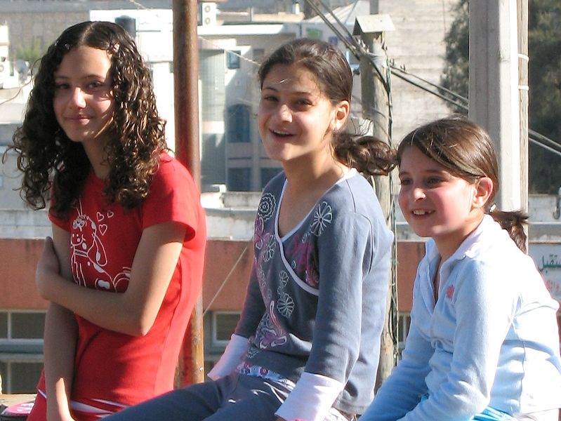 Teenage-girls-Jewish-youth-Israeli-children