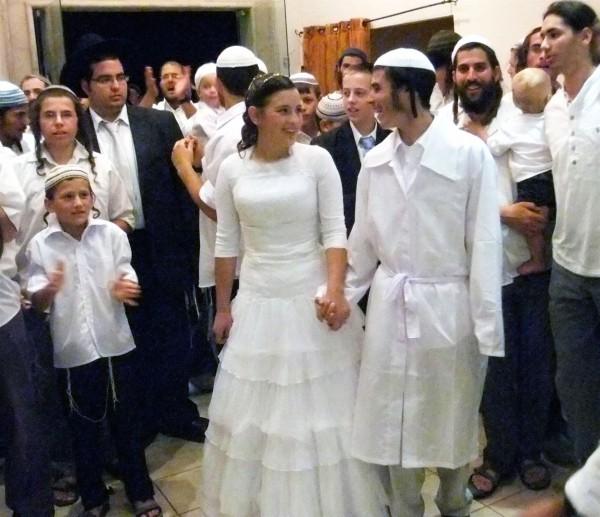 Jewish bride and groom, chatah, kittel