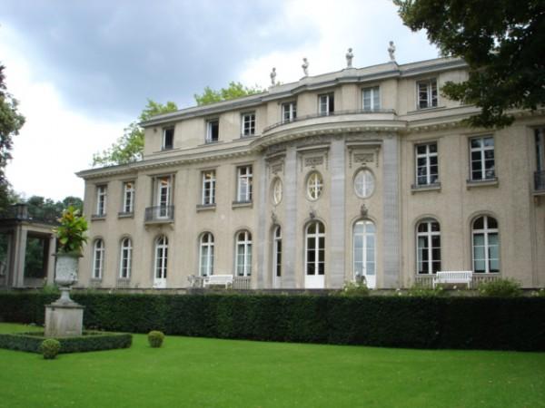 Villa_Wannseekonferenz_Wasserseite
