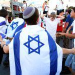 dancing-Yom-Yerushalayim-Jerusalem