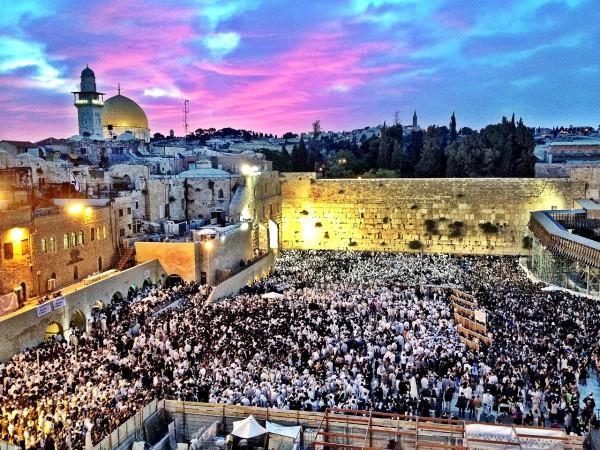 Western_Wall_Jerusalem_Shavuot