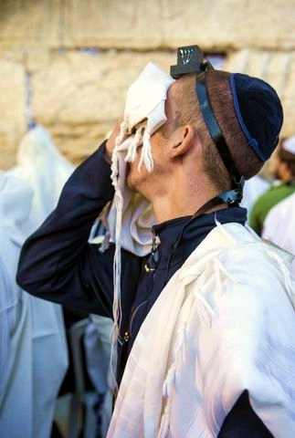 Selichot-Jewish man-Prays-Western Wall-Jerusalem