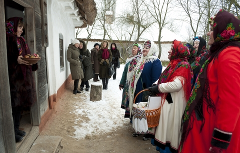 Carols-Christmas-rites-festivities