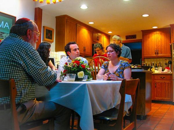 Jewish Family Eats-Shabbat-Dinner