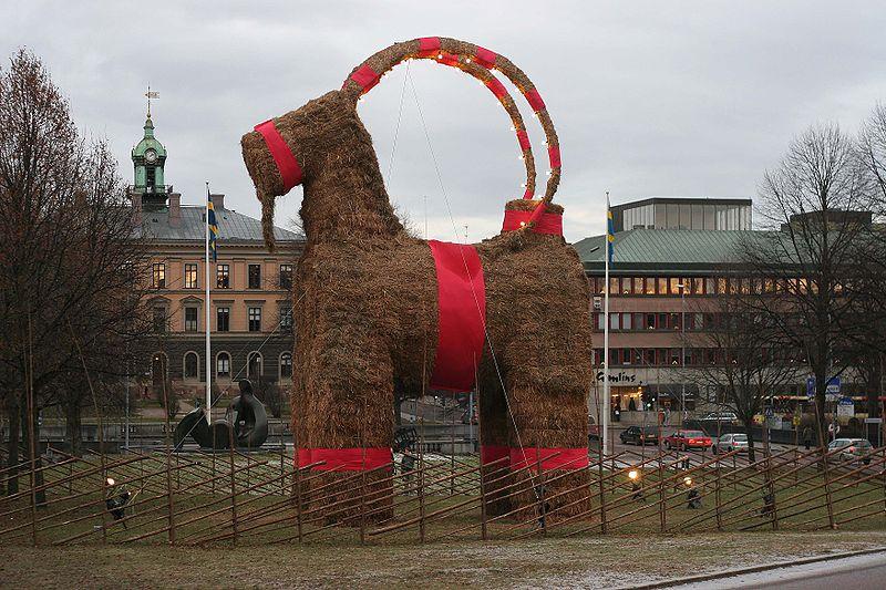 Christmas-goat-Scandinavian Yule