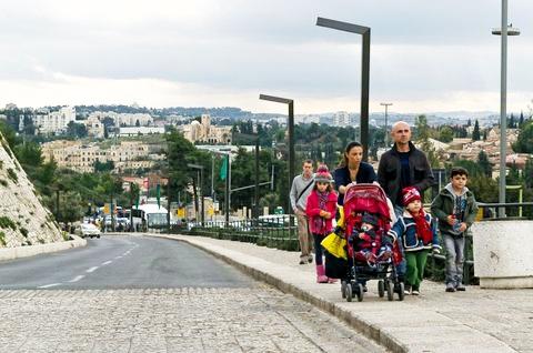 Israel-family-Jaffa Gate-Jerusalem-street