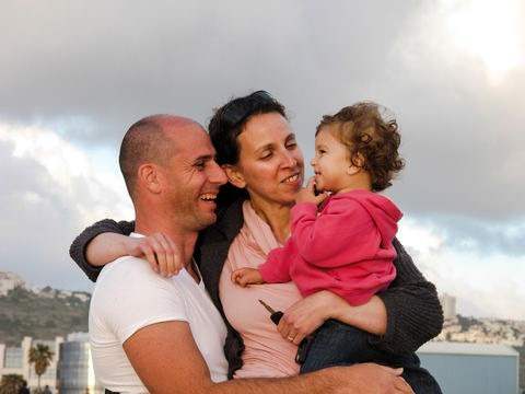 Israeli-family-love-fatherhood-motherhood-child