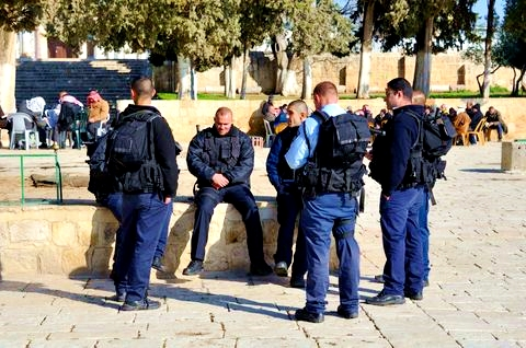 Temple-Mount-police