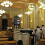 Jewish prayer-Ukraine synagogue