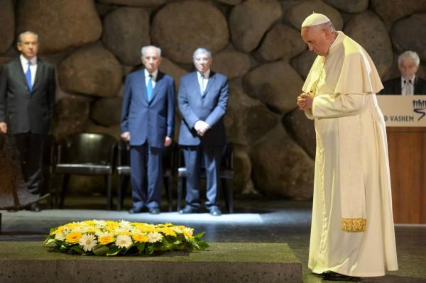 Pope Francis, Yad Vashem, living memorial to the Holocaust