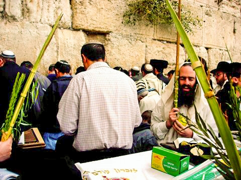Sukkot-prayer-Kotel