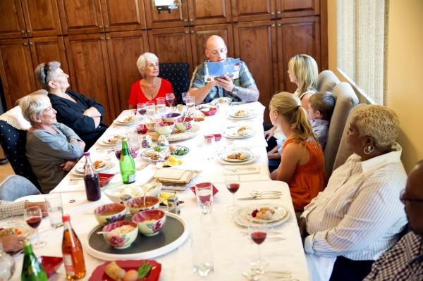 Family Seder, Pesach