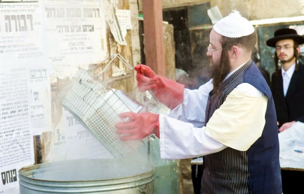 Passover-preparation-purification