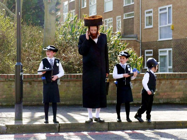 Jewish children in London dress for Purim