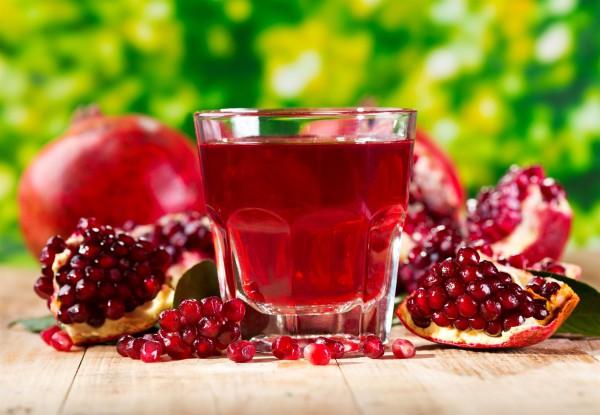 pomegranates and pomegranate juice-cardiac health
