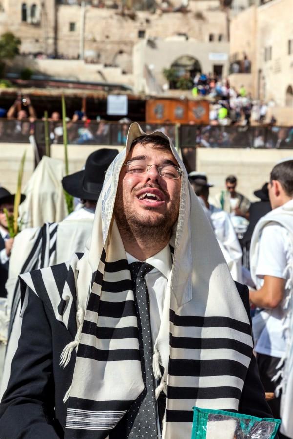 tallit-Sukkot-Kotel-Jewish prayer
