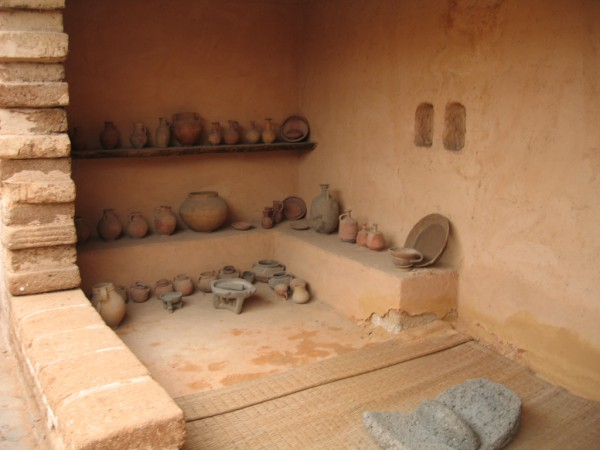 Reconstructed israelite house at the time of the kings (10th–7th centuries BC) at Eretz Israel Museum, Tel Aviv, Israel.